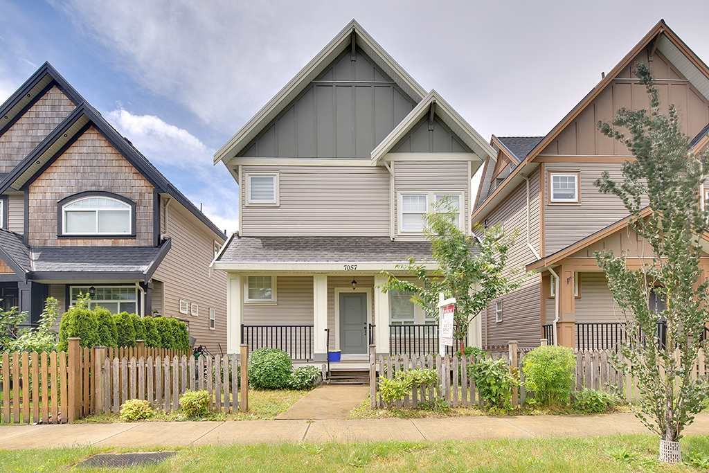 Main Photo: 7057 196 Street in Surrey: Clayton House for sale (Cloverdale)  : MLS®# R2080883