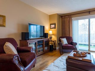 Photo 11: 6 1620 Piercy Ave in COURTENAY: CV Courtenay City Row/Townhouse for sale (Comox Valley)  : MLS®# 810581