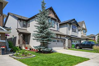 Photo 2: 19 Sage Valley Green NW in Calgary: Sage Hill Detached for sale : MLS®# A1131589