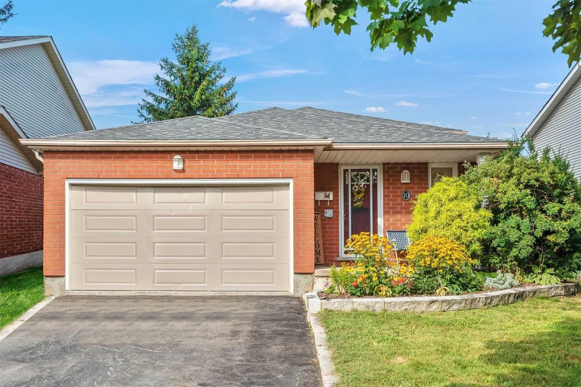 Main Photo: 10 Pheasant Court: Orangeville House (Bungalow-Raised) for sale : MLS®# W5354287