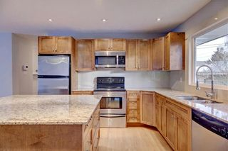 Photo 10: 611 WOODSWORTH Road SE in Calgary: Willow Park Detached for sale : MLS®# C4216444