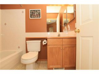 Photo 26: 1 122 BOW RIDGE Crescent: Cochrane House for sale : MLS®# C4073392