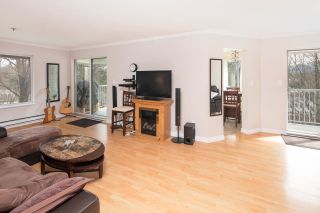 "Photo 3: 313 2130 MCKENZIE Road in Abbotsford: Central Abbotsford Condo for sale in ""Mckenzie Place"" : MLS®# R2152833"