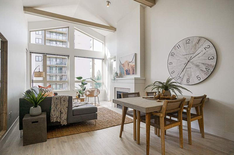 FEATURED LISTING: 404 - 2601 WHITELEY Court North Vancouver