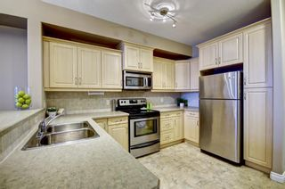 Photo 7: : Condo for sale