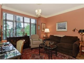 """Photo 8: 215 3188 W 41ST Avenue in Vancouver: Kerrisdale Condo for sale in """"LANESBOROUGH"""" (Vancouver West)  : MLS®# V1027530"""
