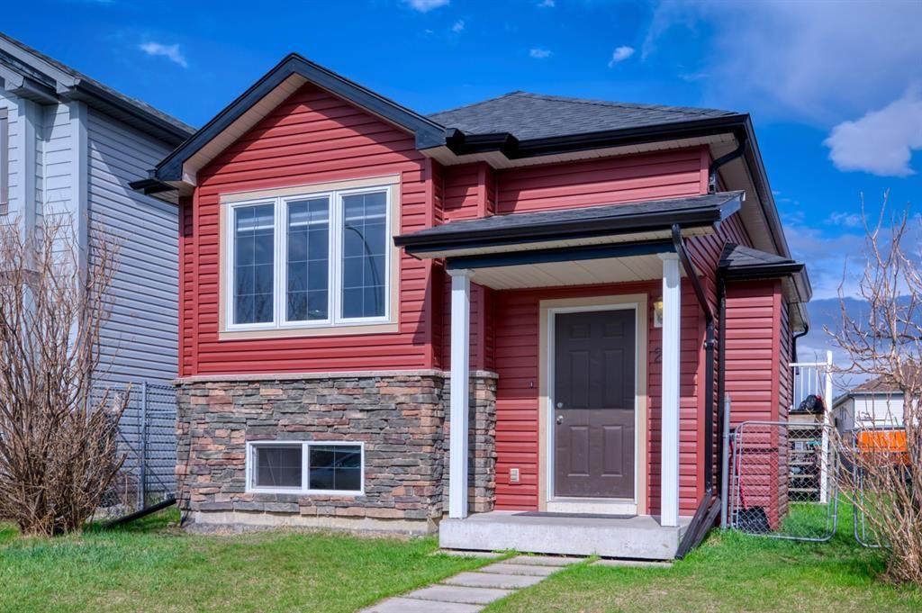 Main Photo: 26 Saddlemont Way NE in Calgary: Saddle Ridge Detached for sale : MLS®# A1103479
