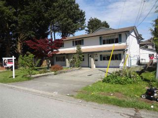 Photo 2: 8194 134 STREET in Surrey: Queen Mary Park Surrey House for sale : MLS®# R2161485