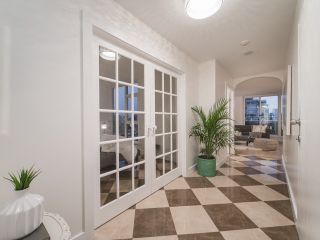 """Photo 3: 801 1935 HARO Street in Vancouver: West End VW Condo for sale in """"Sundial"""" (Vancouver West)  : MLS®# R2559149"""