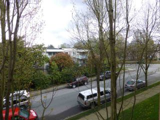 """Photo 9: 309 2388 TRIUMPH Street in Vancouver: Hastings Condo for sale in """"ROYAL ALEXANDRA"""" (Vancouver East)  : MLS®# R2157948"""