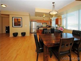 Photo 8: 608 827 Fairfield Rd in VICTORIA: Vi Downtown Condo for sale (Victoria)  : MLS®# 575913