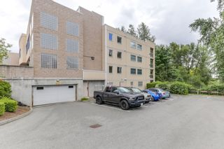 """Photo 2: 301 22722 LOUGHEED Highway in Maple Ridge: East Central Condo for sale in """"Marks Place"""" : MLS®# R2381095"""