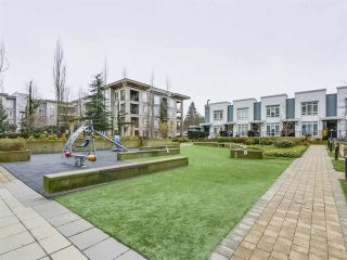 """Photo 8: 1708 13325 102A Avenue in Surrey: Whalley Condo for sale in """"THE ULTRA"""" (North Surrey)  : MLS®# R2430204"""
