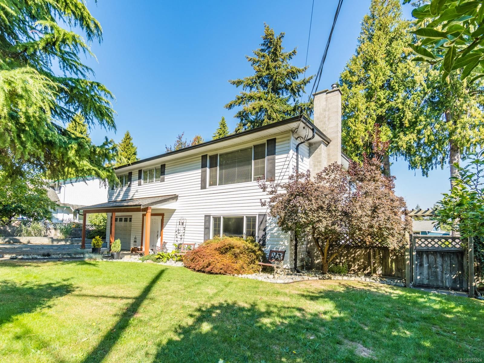 Main Photo: 7410 Harby Rd in : Na Lower Lantzville House for sale (Nanaimo)  : MLS®# 855324