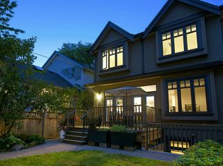 Photo 18: 3880 W 24TH Avenue in Vancouver: Dunbar House for sale (Vancouver West)  : MLS®# V1069858
