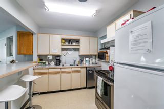 """Photo 33: 89 34959 OLD CLAYBURN Road in Abbotsford: Abbotsford East Townhouse for sale in """"Crown Point Villas"""" : MLS®# R2623831"""