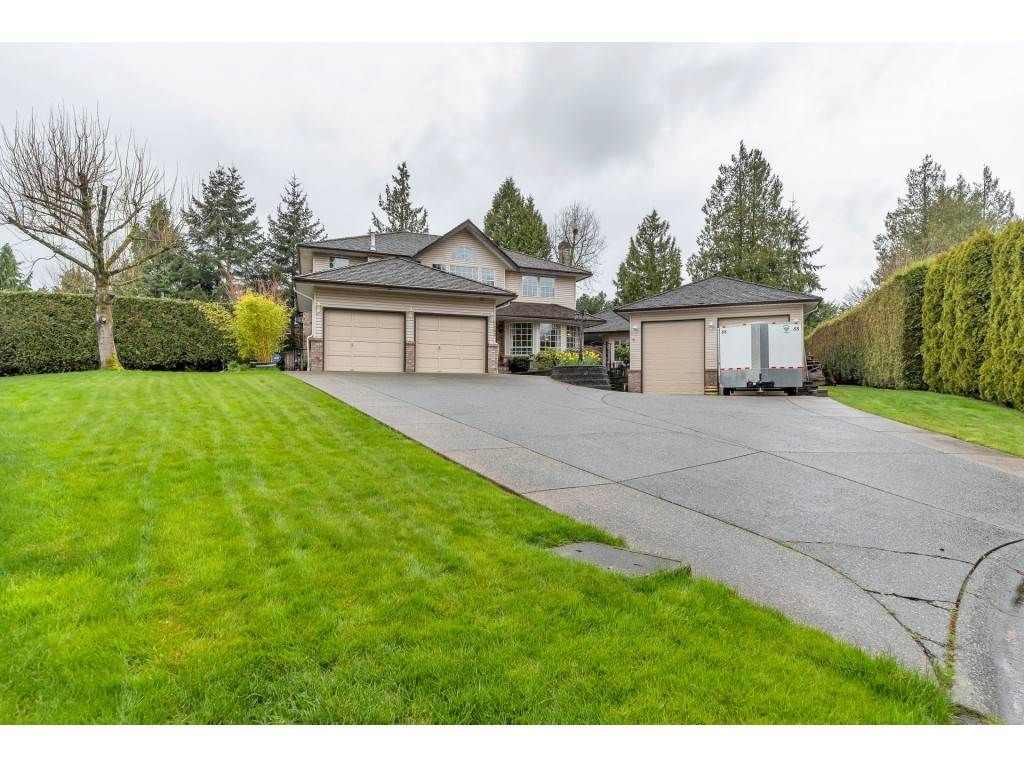 Main Photo: 7283 149A Street in Surrey: East Newton House for sale : MLS®# R2560399