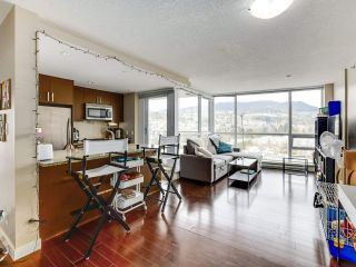 """Photo 6: 1801 2978 GLEN Drive in Coquitlam: North Coquitlam Condo for sale in """"GRAND CENTRAL ONE"""" : MLS®# R2553791"""