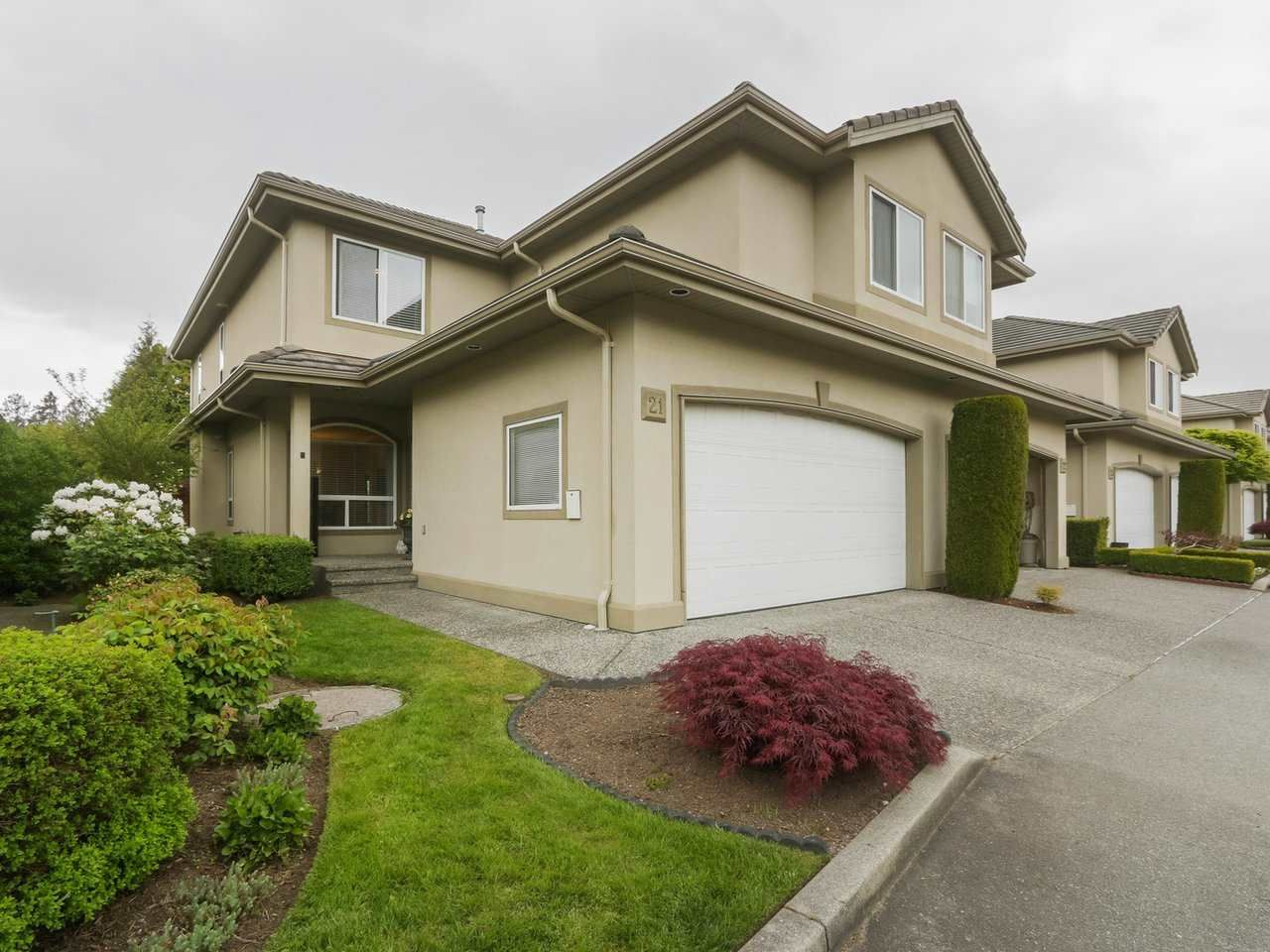 """Photo 1: Photos: 21 998 RIVERSIDE Drive in Port Coquitlam: Riverwood Townhouse for sale in """"PARKSIDE PLACE"""" : MLS®# R2371728"""