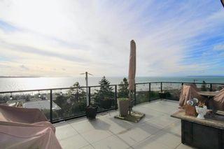 Photo 1: 14825 PROSPECT AVENUE: White Rock House for sale (South Surrey White Rock)  : MLS®# R2434299