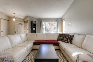 Photo 3: 45 Riverside Crescent SE in Calgary: Riverbend Detached for sale : MLS®# A1091376