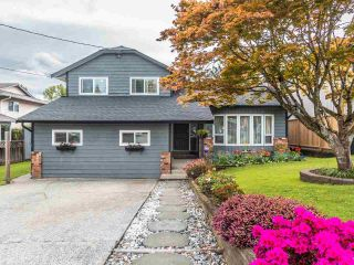Photo 1: 3368 271A Street in Langley: Aldergrove Langley House for sale : MLS®# R2576888