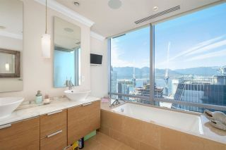 """Photo 18: 3602 1111 ALBERNI Street in Vancouver: West End VW Condo for sale in """"SHANGRI-LA"""" (Vancouver West)  : MLS®# R2591965"""