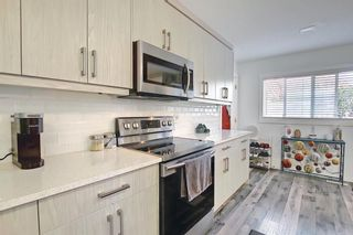 Photo 6: 44 Hardisty Place SW in Calgary: Haysboro Detached for sale : MLS®# A1116094