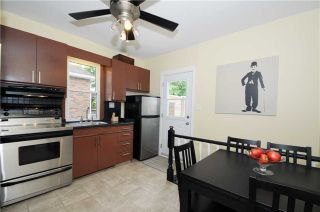 Photo 5: 390 Jarvis Street in Oshawa: O'Neill House (Bungalow) for sale : MLS®# E3250809