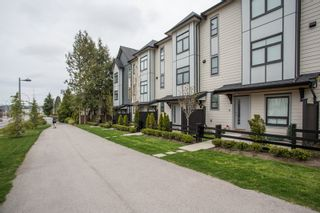 "Photo 19: 24 2427 164 Street in Surrey: Grandview Surrey Townhouse for sale in ""THE SMITH"" (South Surrey White Rock)  : MLS®# R2360019"