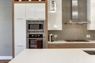 Photo 6: 2019 41 Avenue SW in Calgary: Altadore Semi Detached for sale : MLS®# C4235237