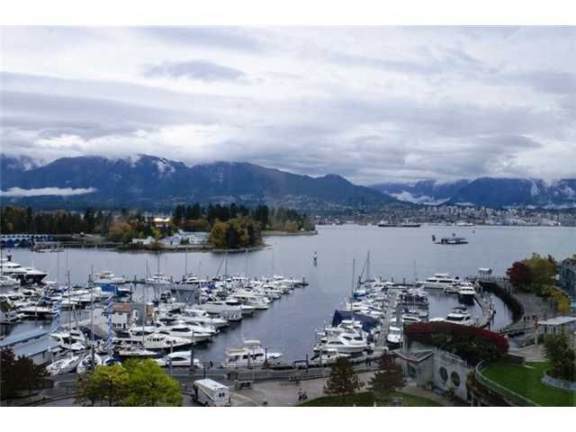 """Main Photo: 702 588 BROUGHTON Street in Vancouver: Coal Harbour Condo for sale in """"HARBOURSIDE PARK"""" (Vancouver West)  : MLS®# V978566"""