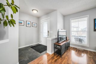 Photo 5: 484 Prestwick Circle SE in Calgary: McKenzie Towne Detached for sale : MLS®# A1101425