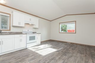 """Photo 12: 34 20071 24 Avenue in Langley: Brookswood Langley Manufactured Home for sale in """"Fernridge Park"""" : MLS®# R2484697"""