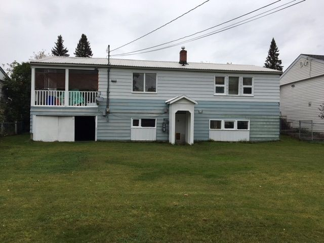 """Photo 17: Photos: 1148 YORSTON Avenue in Quesnel: Quesnel - Town House for sale in """"JOHNSTON SUB"""" (Quesnel (Zone 28))  : MLS®# R2407654"""