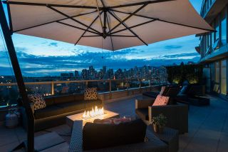 """Main Photo: 1110 445 W 2ND Avenue in Vancouver: False Creek Condo for sale in """"MAYNARDS BLOCK"""" (Vancouver West)  : MLS®# R2541990"""
