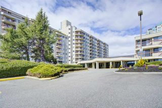 """Photo 1: 921 31955 OLD YALE Road in Abbotsford: Abbotsford West Condo for sale in """"Evergreen Village"""" : MLS®# R2449088"""