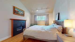 "Photo 19: 2363 THE BOULEVARD in Squamish: Garibaldi Highlands House for sale in ""Garibaldi Highlands"" : MLS®# R2602086"
