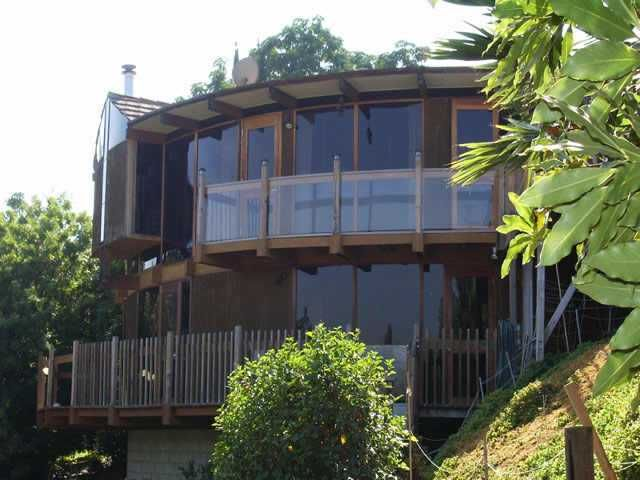 Main Photo: EAST ESCONDIDO House for sale : 6 bedrooms : 1606 High Crest in Escondido