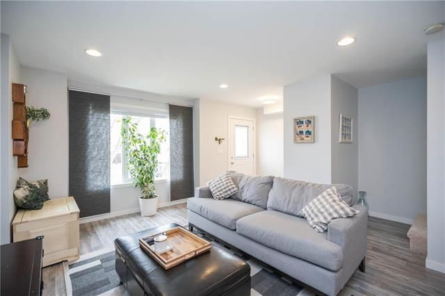 Photo 2: Photos: 19 Havelock Avenue in Winnipeg: Residential for sale (2D)  : MLS®# 1910616