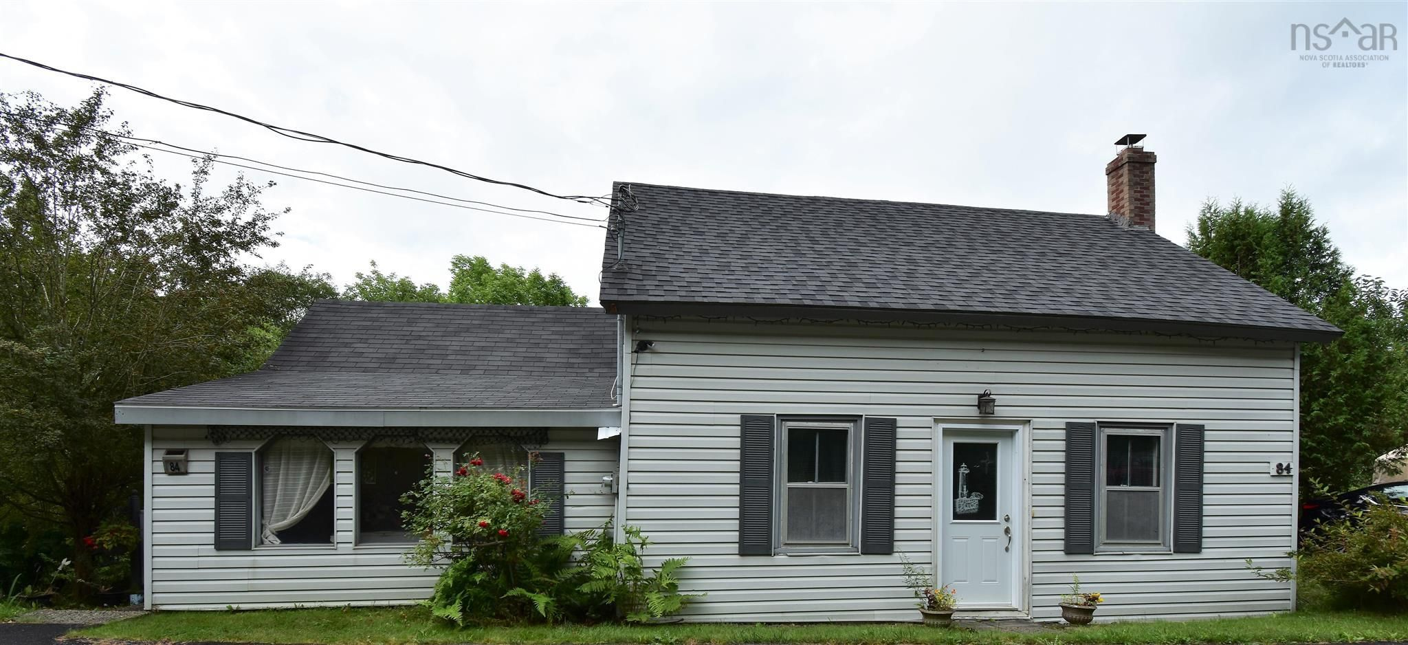 Main Photo: 84 UPPER RIVER Street in Bear River: 400-Annapolis County Residential for sale (Annapolis Valley)  : MLS®# 202121921