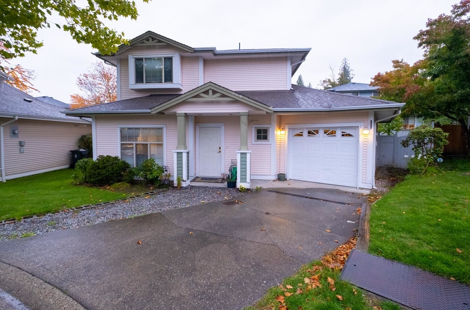 """Main Photo: 33 8675 209 Street in Langley: Walnut Grove House for sale in """"THE SYCAMORES"""" : MLS®# R2625315"""