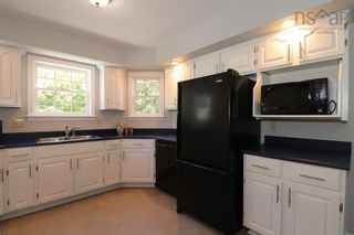 Photo 10: 55 Granville Road in Bedford: 20-Bedford Residential for sale (Halifax-Dartmouth)  : MLS®# 202123532