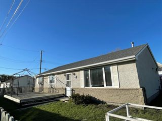 Photo 1: 510 Whytewold Road in Winnipeg: Jameswood Residential for sale (5F)  : MLS®# 202123152
