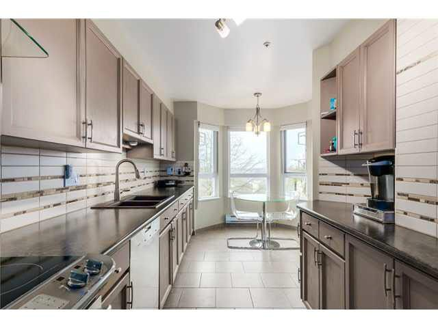 """Photo 7: Photos: 214 2250 SE MARINE Drive in Vancouver: Fraserview VE Condo for sale in """"WATERSIDE"""" (Vancouver East)  : MLS®# V1103977"""
