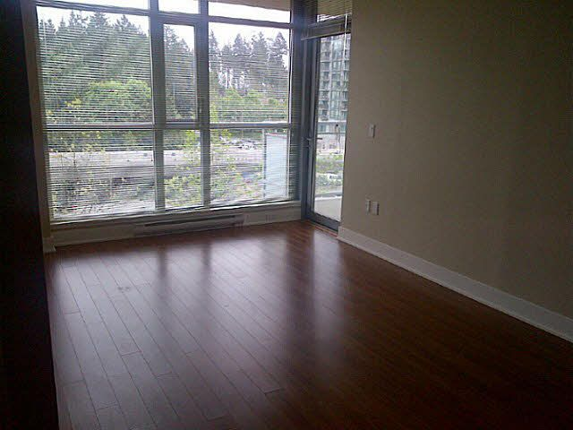 """Main Photo: 706 3008 GLEN Drive in Coquitlam: North Coquitlam Condo for sale in """"MTWO"""" : MLS®# V1121796"""