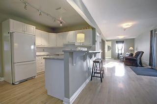Photo 2: 915 4 Street NE in Calgary: Renfrew Detached for sale : MLS®# A1142929