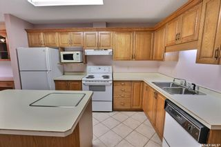 Photo 11: 201 54 19th Street East in Prince Albert: East Hill Residential for sale : MLS®# SK867441