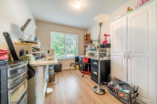 """Photo 16: 1 15717 MOUNTAIN VIEW Drive in Surrey: Grandview Surrey Townhouse for sale in """"Olivia"""" (South Surrey White Rock)  : MLS®# R2610838"""