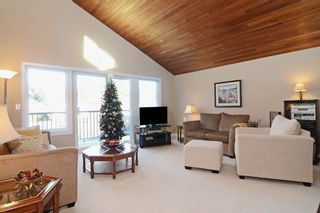 """Photo 2: 1056 LOMBARDY Drive in Port Coquitlam: Lincoln Park PQ House for sale in """"LINCOLN PARK"""" : MLS®# R2126810"""